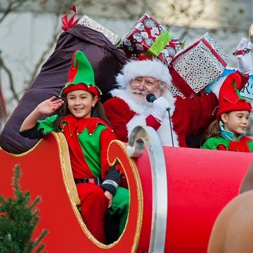 Vancouver Christmas Parade.Telus Presents The Vancouver Santa Claus Parade