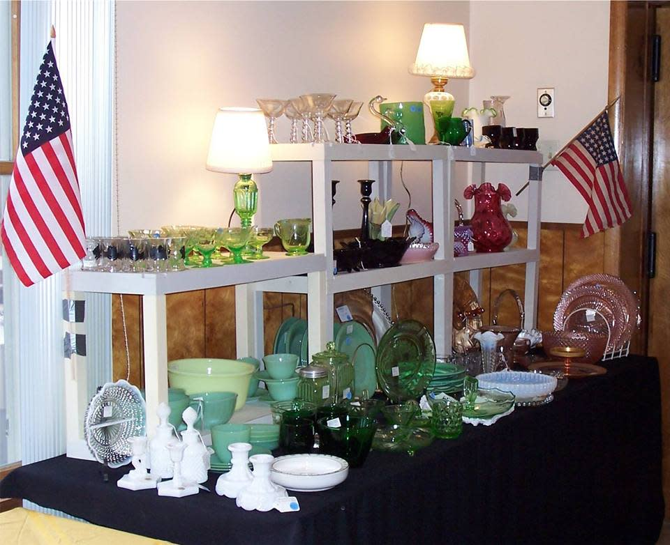 48th Annual Hudson Valley Glass Club Vintage Glass & Pottery Show & Sale
