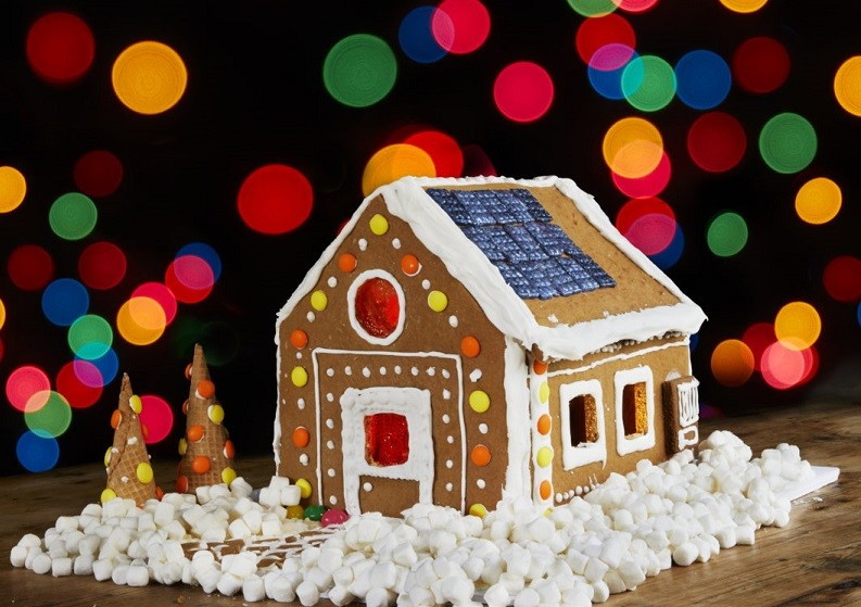 Historic Elmendorph Inn Holiday Open House with Gingerbread House Competition!