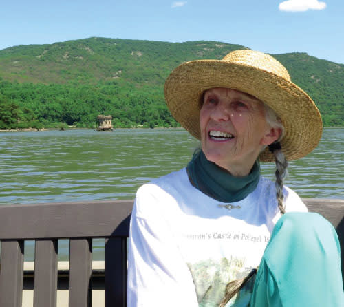 Bannerman Castle Hosts Eleanor Owen Seeland with Walking Tour & Book Signing