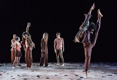 """Kaatsbaan International Dance Center Hosts """"Jennifer Muller/The Works"""""""