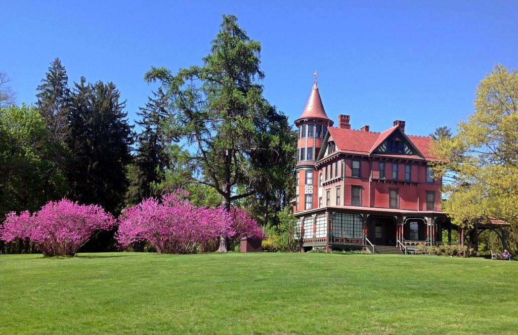 Outdoor Tours at Wilderstein Historic Site