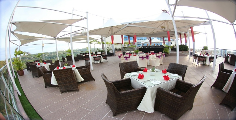 Sky Garden Outdoor Dining