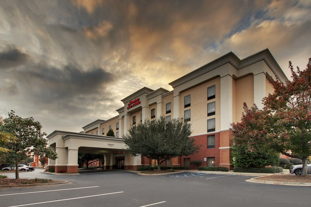 Hampton Inn & Suites Spartanburg I-26 Westgate Mall